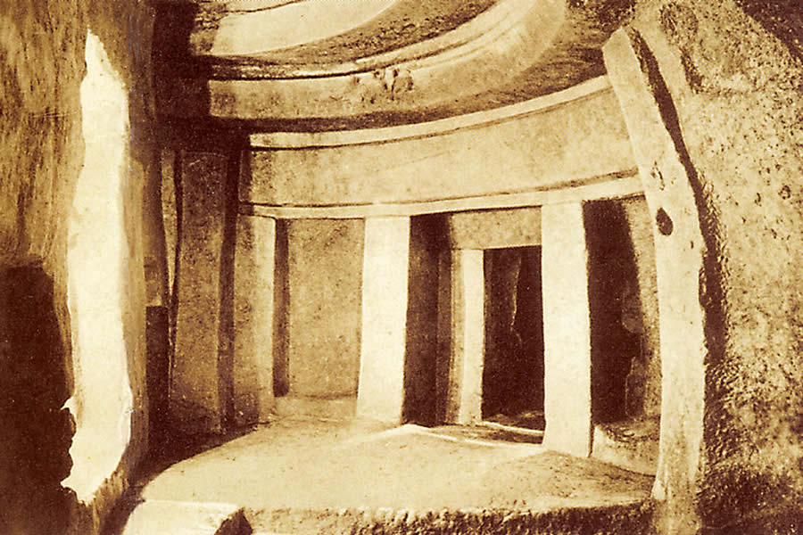 Photograph of the Hypogeum by Richard Ellis before 1910