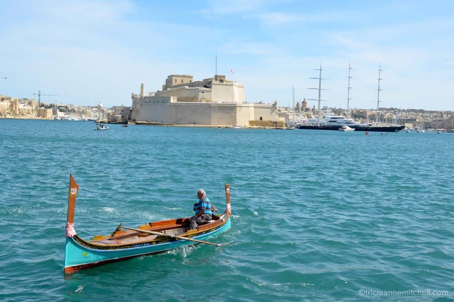 dgħajsa Grand Harbour Malta