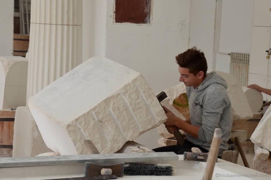 stonemasonry-school-student-pucisca-croatia-brac-island