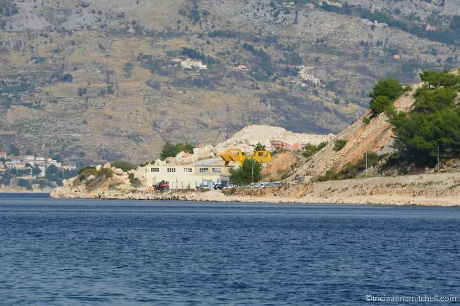 white-house-limestone-pucisca-quarry-brac-croatia